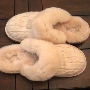 Light pink / Cream Ugg Slippers
